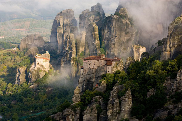 Meteora-Monastery-in-Greece.jpg
